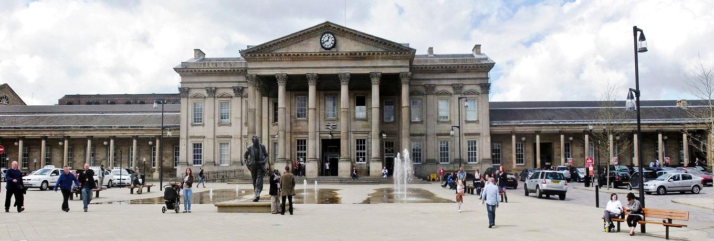 Huddersfield_Railway_Station